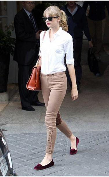 Taylor-Swift How to Wear Chinos? 20 Best outfits to Wear with Chinos