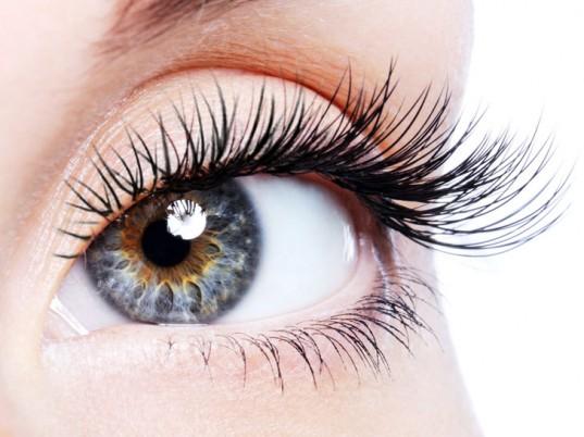 false-eyelashes-537x402 How to Wear Fake Eyelashes for Beginners-Step by Step Tutorial