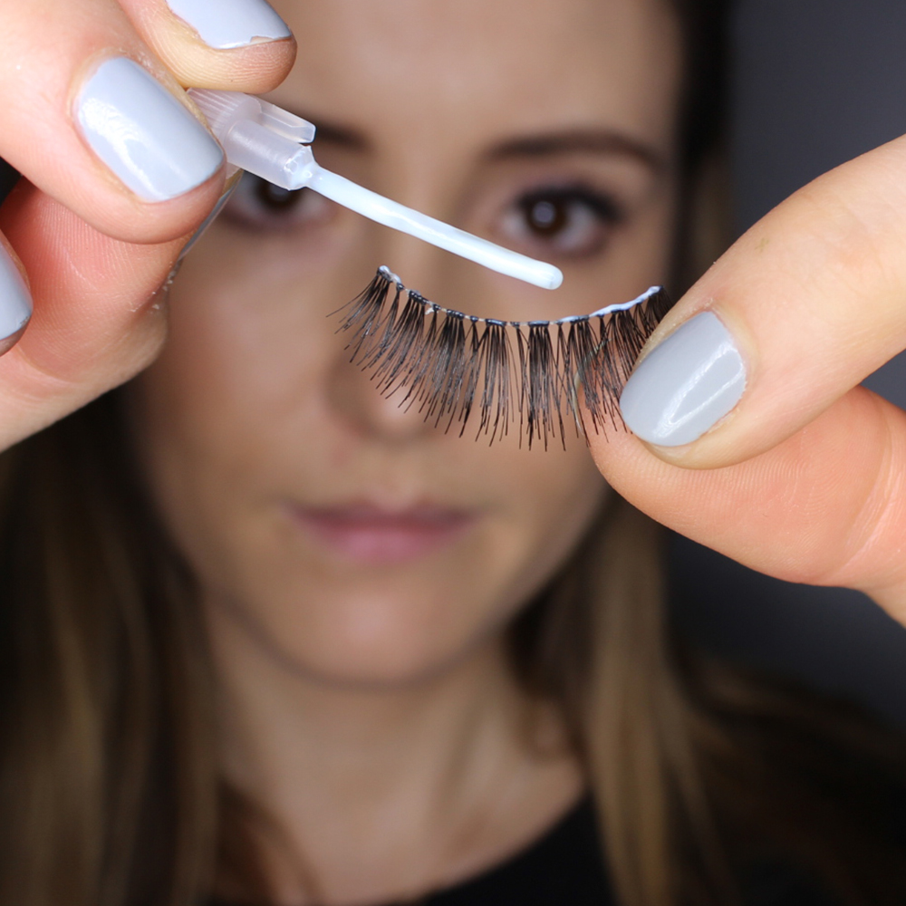 step5 How to Wear Fake Eyelashes for Beginners-Step by Step Tutorial