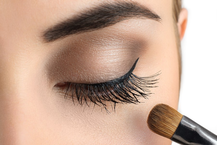translucent-powder How to Wear Eyeliner for Beginners-Tutorial (Pics and Videos)