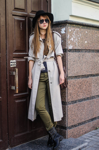 trenchcoat-crew-neck-t-shirt-chinos-boots-crossbody-bag-hat-sunglasses-large-4429 How to Wear Chinos? 20 Best outfits to Wear with Chinos